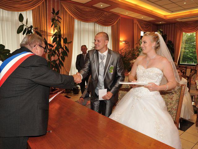 Le mariage de Jordan et Sophie à Stiring-Wendel, Moselle 18