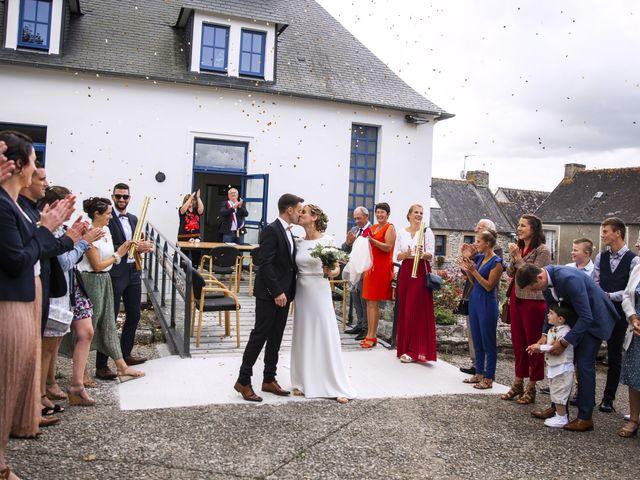Le mariage de Jordi et Marine à Spézet, Finistère 14