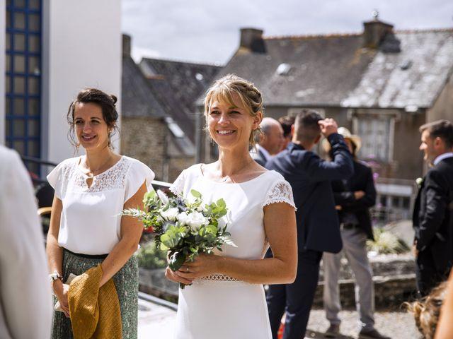 Le mariage de Jordi et Marine à Spézet, Finistère 15