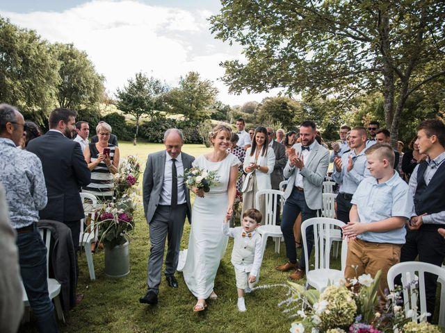 Le mariage de Jordi et Marine à Spézet, Finistère 23