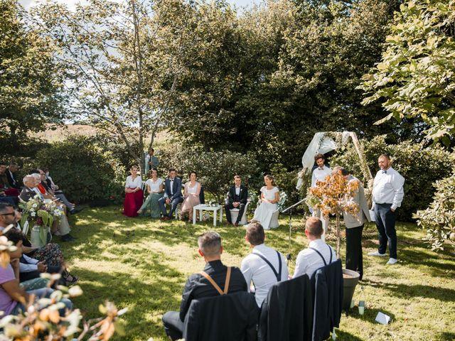 Le mariage de Jordi et Marine à Spézet, Finistère 29