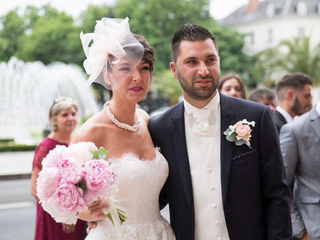 Le mariage de Kévin et Clémence à Saint-Antoine-du-Rocher, Indre-et-Loire 4