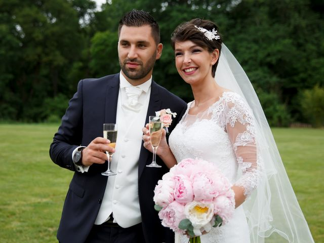Le mariage de Kévin et Clémence à Saint-Antoine-du-Rocher, Indre-et-Loire 30