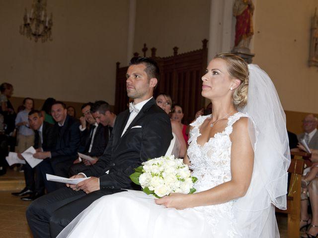 Le mariage de Laurine et Jérôme à Chaponnay, Rhône 4