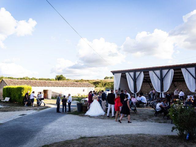 Le mariage de Mathieu et Charlène à Jurignac, Charente 22