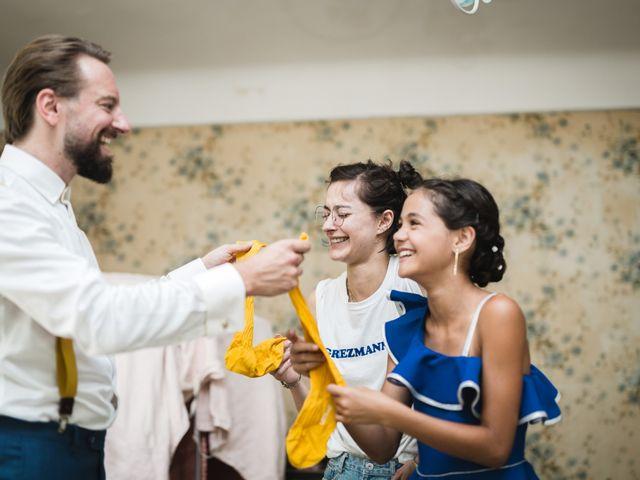 Le mariage de Julien et Camille à Gigondas, Vaucluse 2