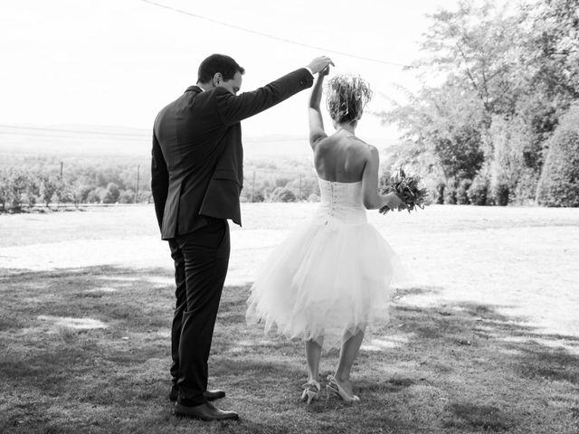 Le mariage de Damien et Amandine à Guéreins, Ain 4