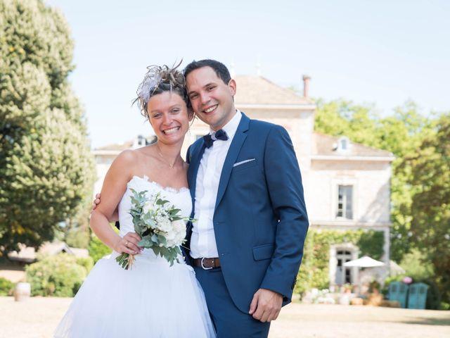 Le mariage de Damien et Amandine à Guéreins, Ain 7