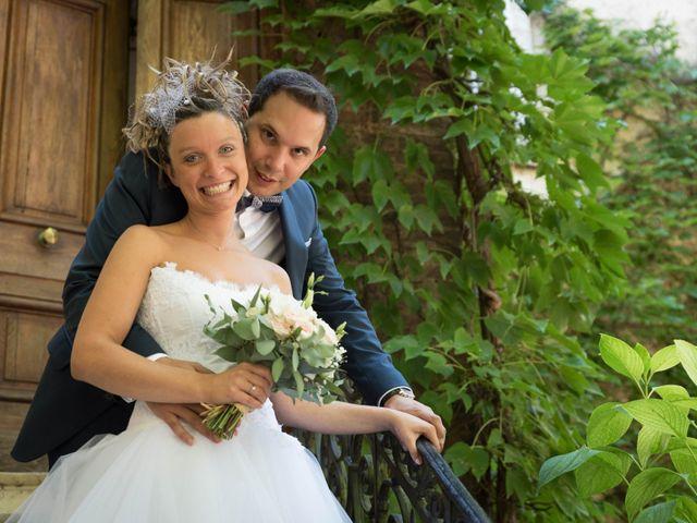 Le mariage de Damien et Amandine à Guéreins, Ain 9