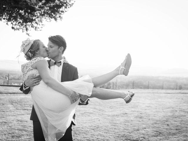 Le mariage de Damien et Amandine à Guéreins, Ain 16