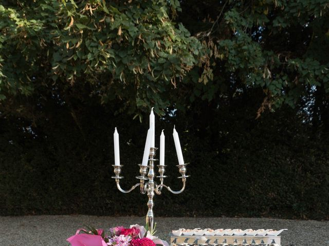 Le mariage de Damien et Amandine à Guéreins, Ain 17