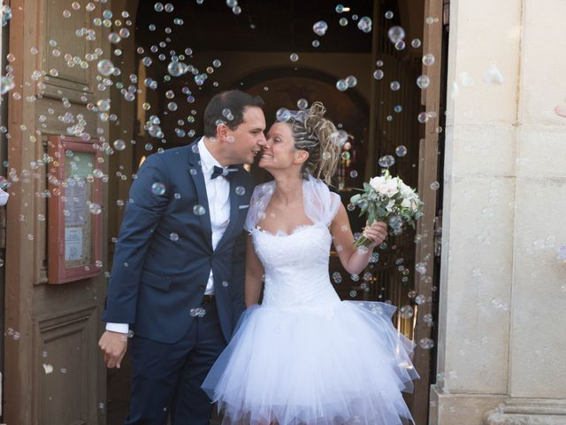 Le mariage de Damien et Amandine à Guéreins, Ain 29