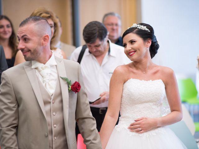 Le mariage de Cindy et Jonathan à Oytier-Saint-Oblas, Isère 1