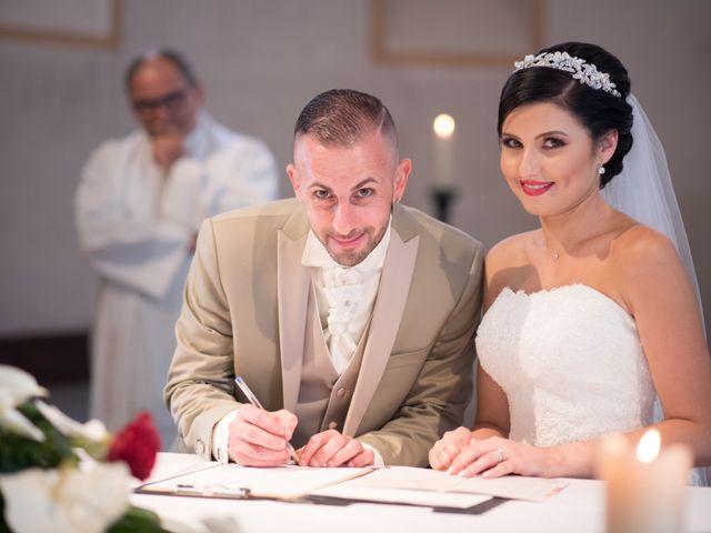 Le mariage de Cindy et Jonathan à Oytier-Saint-Oblas, Isère 13