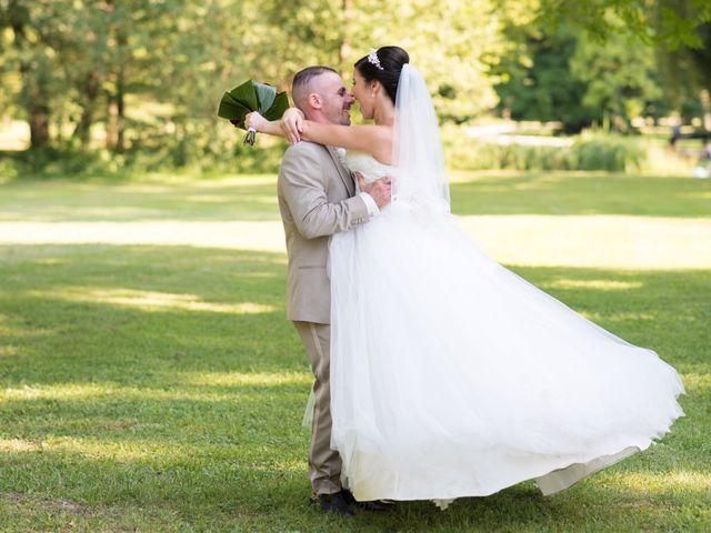 Le mariage de Cindy et Jonathan à Oytier-Saint-Oblas, Isère 16