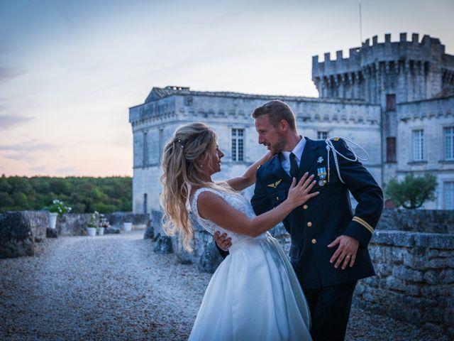 Le mariage de Florent et Daphnée à Garat, Charente 1