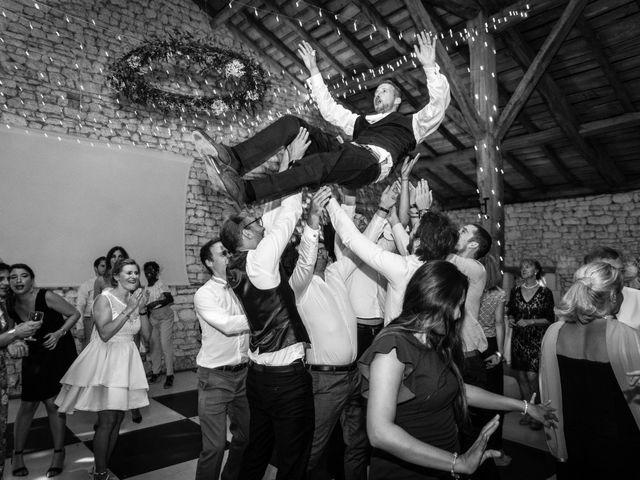 Le mariage de Florent et Daphnée à Garat, Charente 35