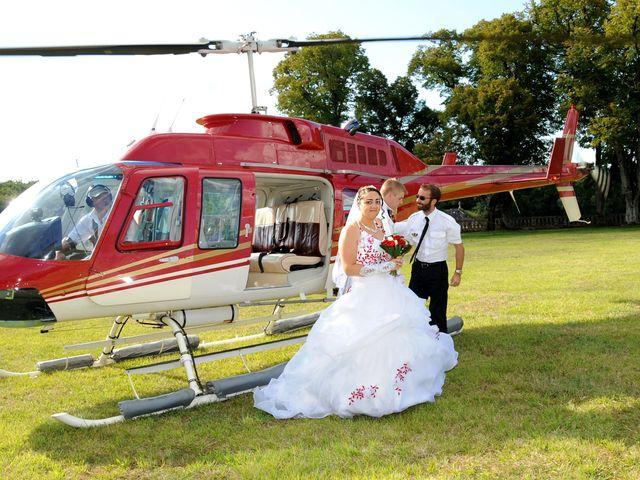 Le mariage de Nathalie et Julien à Bourcefranc-le-Chapus, Charente Maritime 24