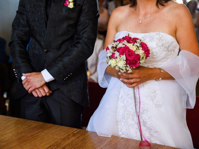 Le mariage de Romain et Severine à Beaujeu, Rhône 20
