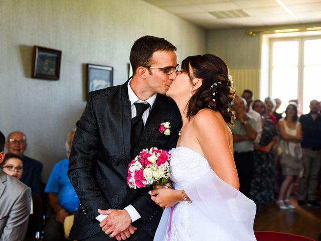 Le mariage de Romain et Severine à Beaujeu, Rhône 21