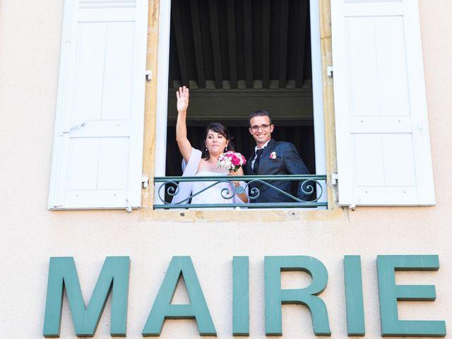 Le mariage de Romain et Severine à Beaujeu, Rhône 24