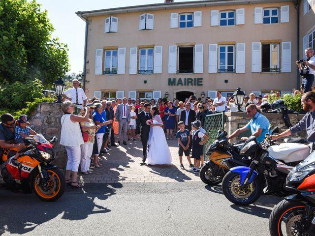 Le mariage de Romain et Severine à Beaujeu, Rhône 27