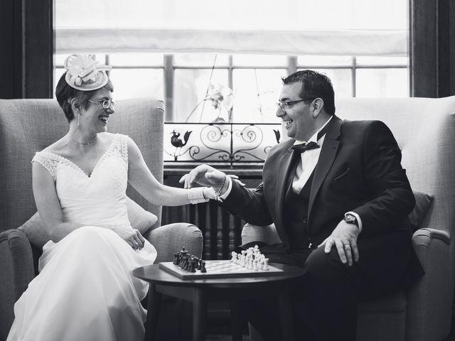Le mariage de Isabelle et Mario