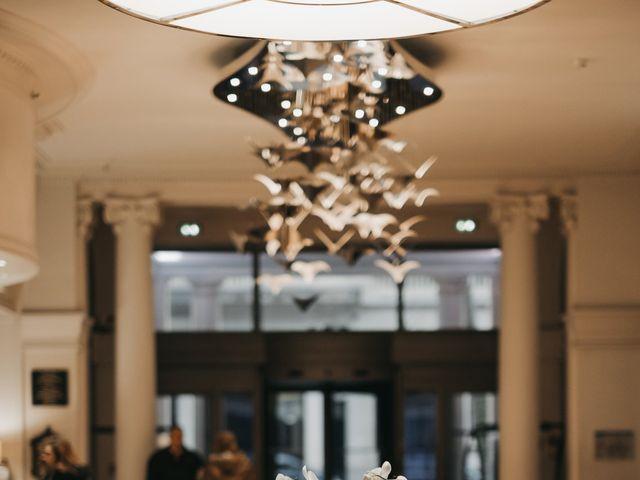 Le mariage de Damien et Laura à Paris, Paris 61