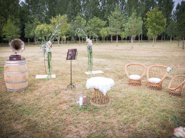 Le mariage de Steeve et Lucie à Saint-Hilaire-du-Bois, Charente Maritime 14