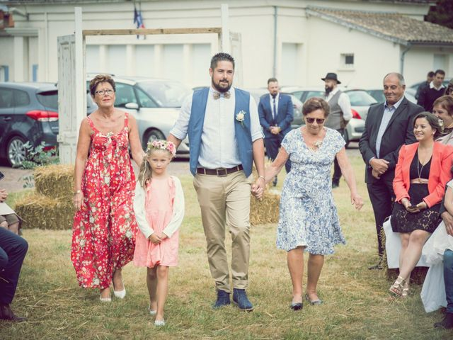 Le mariage de Steeve et Lucie à Saint-Hilaire-du-Bois, Charente Maritime 22