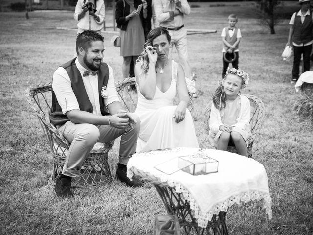Le mariage de Steeve et Lucie à Saint-Hilaire-du-Bois, Charente Maritime 30