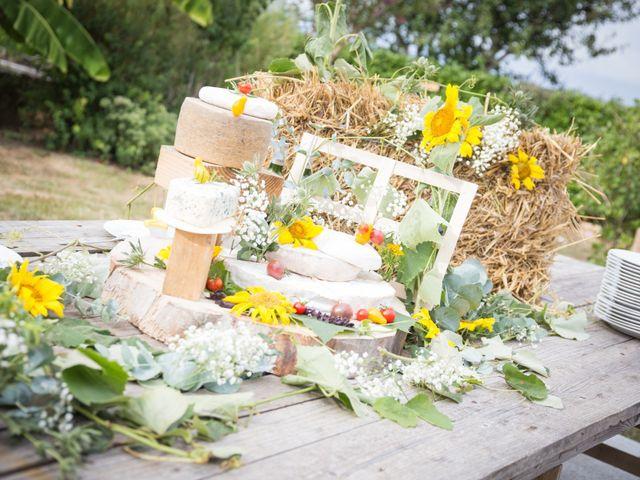 Le mariage de Steeve et Lucie à Saint-Hilaire-du-Bois, Charente Maritime 53