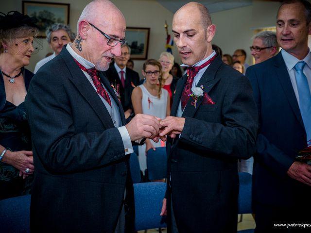 Le mariage de Yves et Martial à Saint-Jacut-les-Pins, Morbihan 17