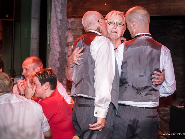 Le mariage de Yves et Martial à Saint-Jacut-les-Pins, Morbihan 29