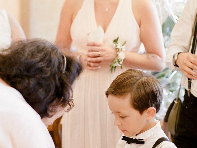 Le mariage de Hélène et Manuel à Aigues-Vives, Gard 10