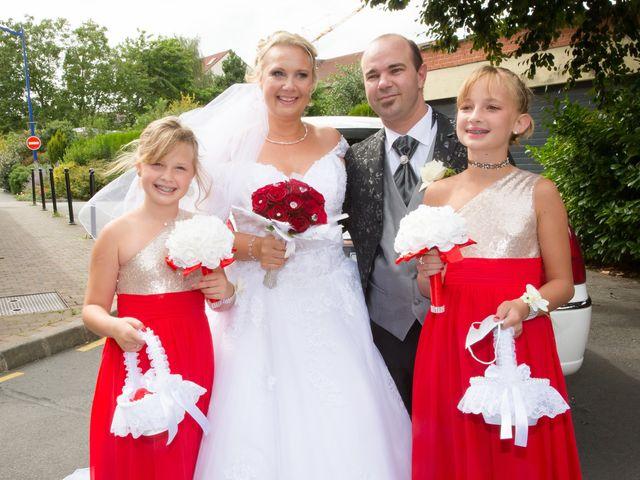 Le mariage de Benjamin et Sylvie à Wambrechies, Nord 19