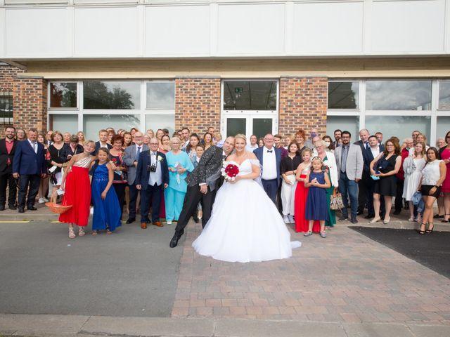 Le mariage de Benjamin et Sylvie à Wambrechies, Nord 30
