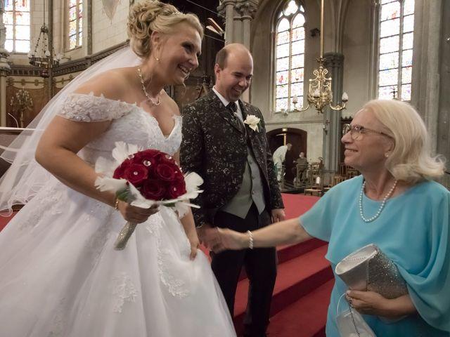 Le mariage de Benjamin et Sylvie à Wambrechies, Nord 56