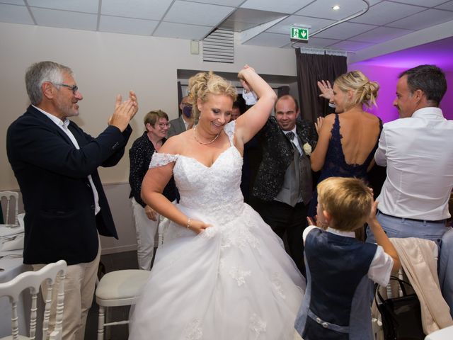 Le mariage de Benjamin et Sylvie à Wambrechies, Nord 67
