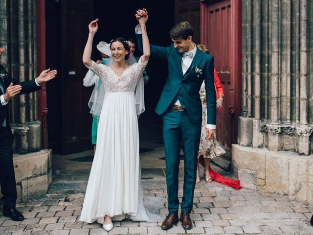 Le mariage de Gildéric et Camille à Saint-Valérien, Yonne 20