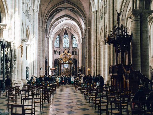 Le mariage de Gildéric et Camille à Saint-Valérien, Yonne 34