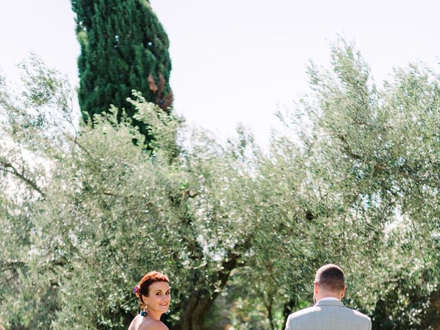 Le mariage de Christophe et Charlène à Beaucaire, Gard 30