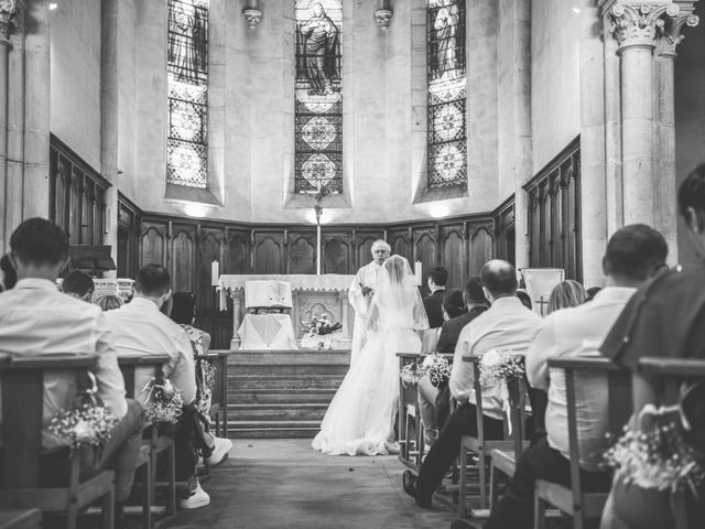 Le mariage de David et Domitille à Vernaison, Rhône 5
