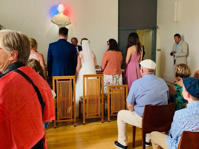 Le mariage de Rémi  et Marianne à Angoulins sur Mer, Charente Maritime 11