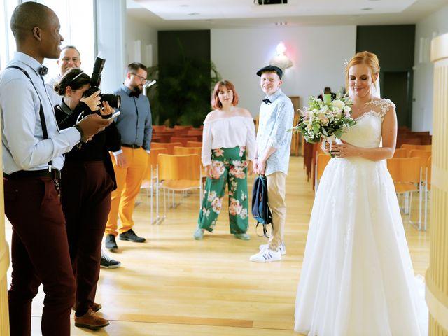 Le mariage de Rémi  et Marianne à Angoulins sur Mer, Charente Maritime 14