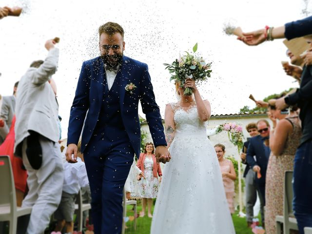 Le mariage de Rémi  et Marianne à Angoulins sur Mer, Charente Maritime 28