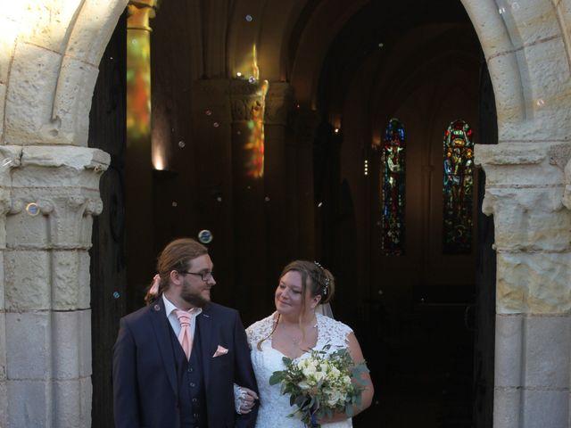 Le mariage de Teddy et Charlotte à Jaunay-Clan, Vienne 8