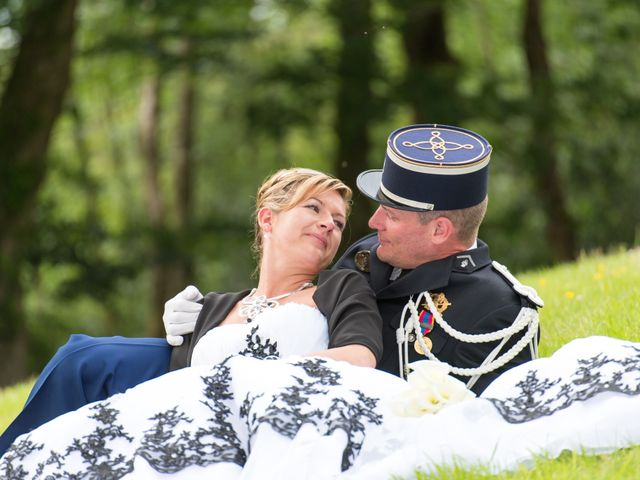 Le mariage de Laurent et Fanny à Paimpont, Ille et Vilaine 31