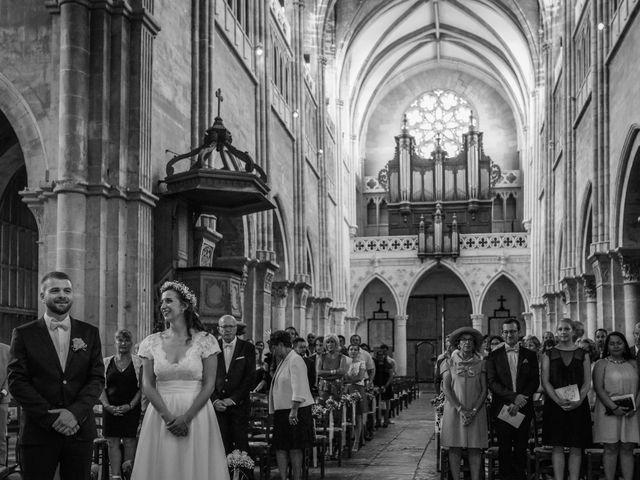 Le mariage de Arnaud et Anaïs à La Chapelle-de-Guinchay, Saône et Loire 6