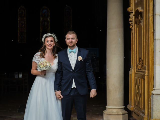 Le mariage de Arnaud et Anaïs à La Chapelle-de-Guinchay, Saône et Loire 11